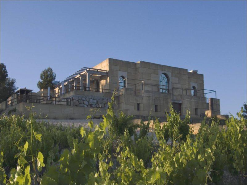 La cave cathédrale domaine Viret naturedevin.com vin bio