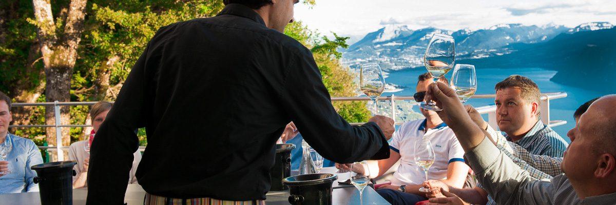 ateliers dégustation au Belvédère au dessus du Lac du Bourget naturedevin.com vin bio
